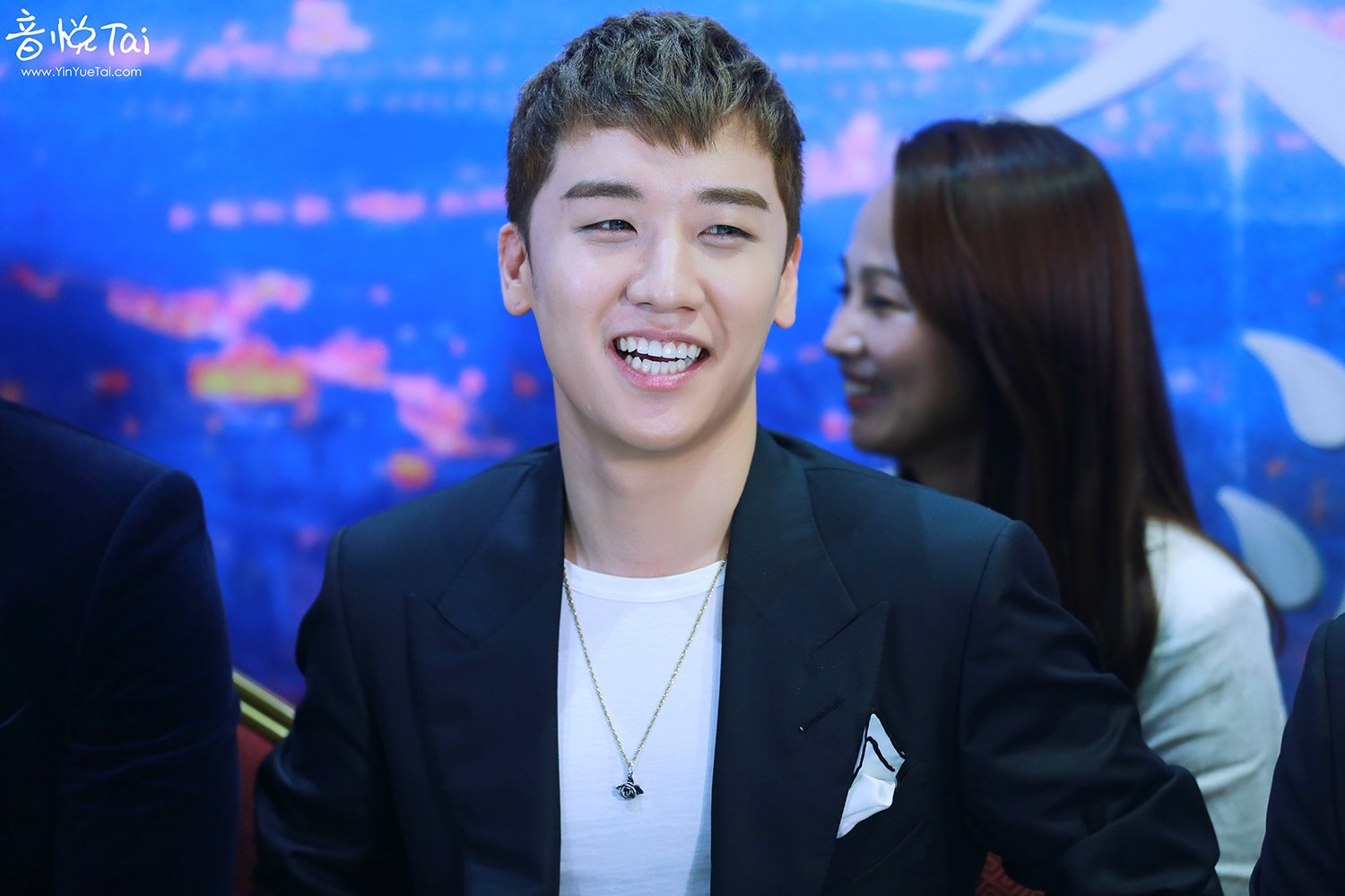 Seungri Press Conference for Chinese Movie 2016-07-16 (33)