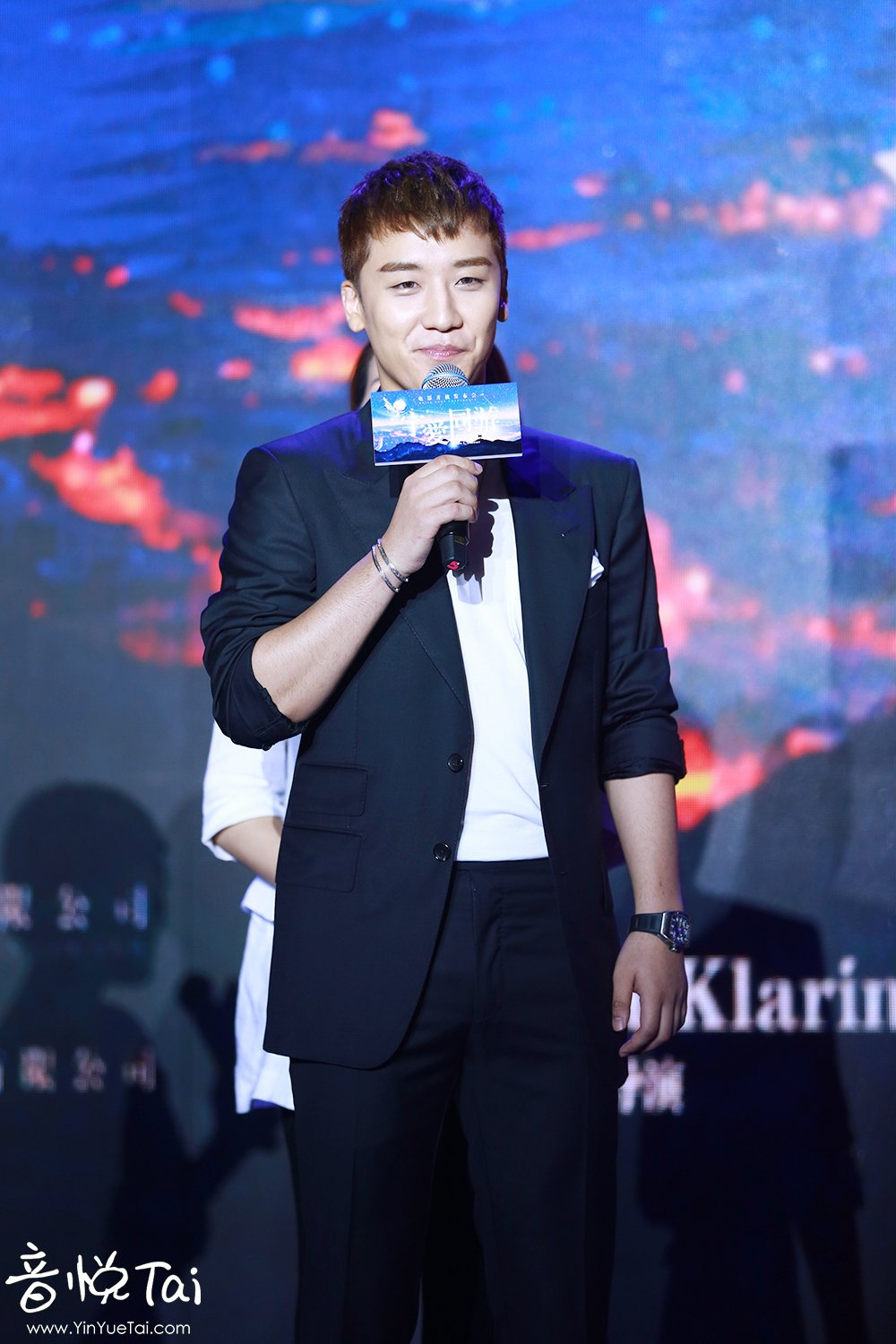 Seungri Press Conference for Chinese Movie 2016-07-16 (37)