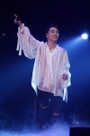 BIGBANG SEUNGRI Fascinates 30,000 Fans in His First Solo Tour in Japan…Makes Headlines in Local Press